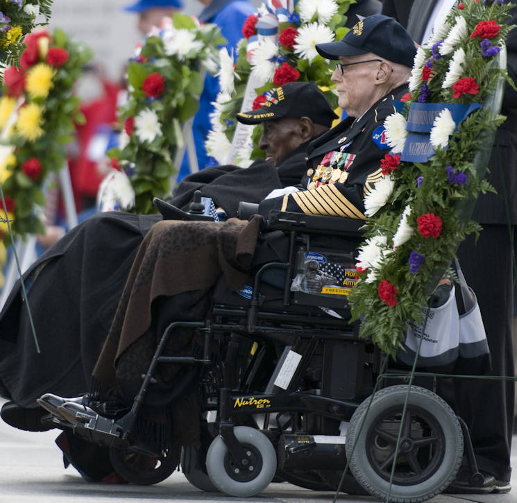 Edward Davis, right, a 94-year-old Army veteran who witnessed the Japanese sneak attack on Hawaii and Frank Levingston, a 110-year-old Army veteran believed to be the nation's oldest living World War II veteran, attend a Pearl Harbor remembrance ceremony at the National World War II Memorial Dec. 7, 2015, in Washington, D.C. (U.S. Air Force photo by Sean Kimmons)