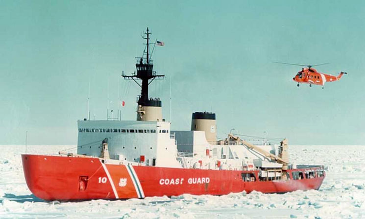 A U.S. Coast Guard HH-52A Seaguard helicopter landing on the icebreaker USCGC Polar Star (WAGB-10) IN 2005. (U.S Coast Guard courtesy photo)