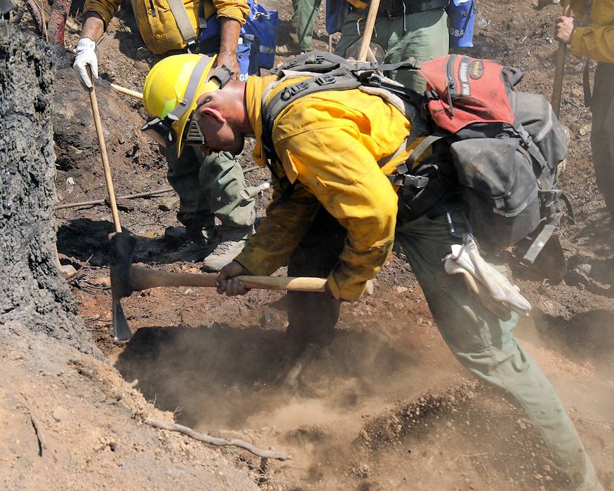 August 2, 2018 - Soldiers with the Oregon Army National Guard fight the Garner Complex Fire side-by-side with firefighters from the Oregon Department of Forestry (ODF) north of Grants Pass, Oregon support from the Oregon National Guard is adding much needed capacity to ODF to fight fires. (Army National Guard photo by Maj. John Farmer, 115 Mobile Public Affairs Detachment)