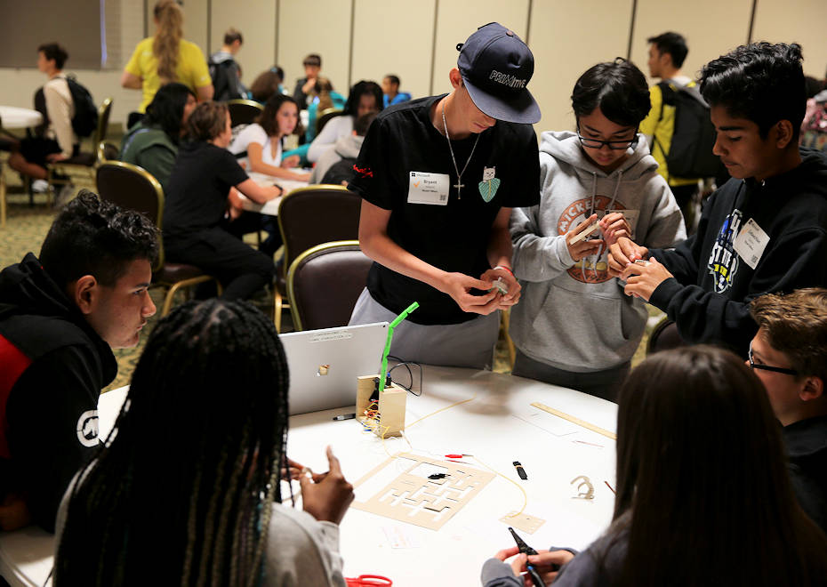 Students from Stuart Mesa Elementary School participate in a Science Technology Engineering Mathematics class during Microsoft's YouthSpark Live learning seminar on Marine Corps Base Camp Pendleton, California on March 20, 2018. YouthSpark is a program which gives youth an opportunity to interact with and learn about the multiple aspects of computer science. (U.S. Marine Corps Photo by Cpl. Anabel Abreu Rodriguez)