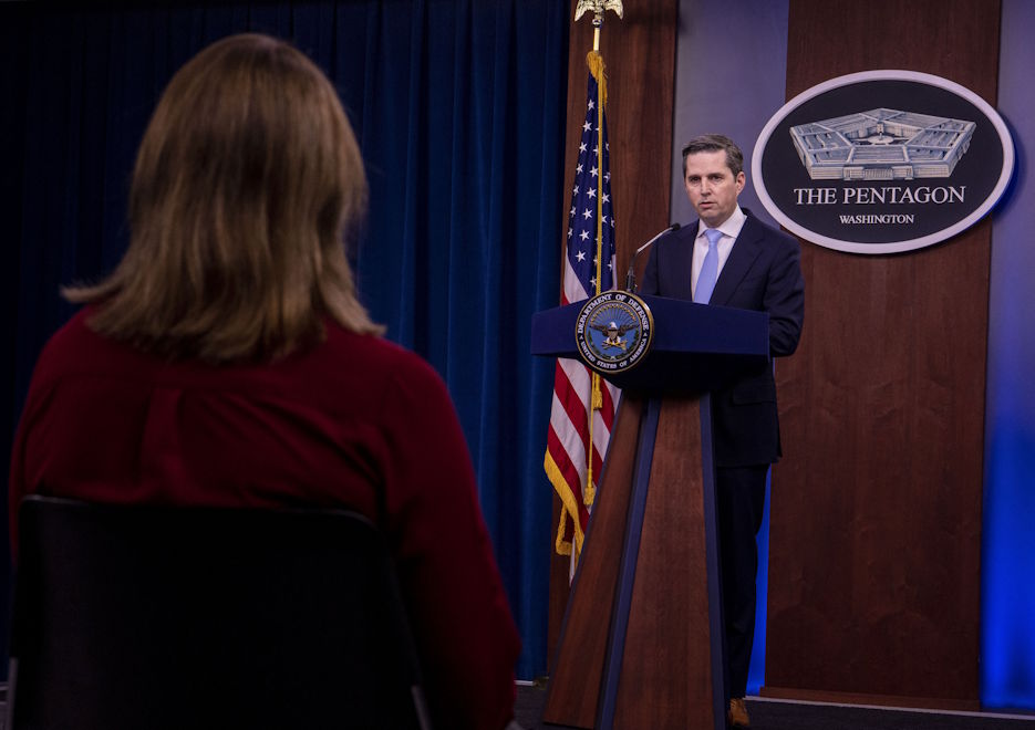 Pentagon spokesman Jonathan Rath Hoffman speaks with McClatchey reporter Tara Copp during a news conference at the Pentagon on April 24, 2020. (U.S. Air Force photo by Staff Sgt. Jack Sanders)