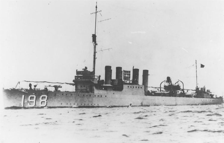 "Beginning in May 1933, Quentin Walsh served on the former Navy ""four-stacker"" destroyer Herndon, which the Coast Guard used for offshore patrols between the Gulf of Maine and Cape Hatteras. (U.S. Navy courtesy photo)"