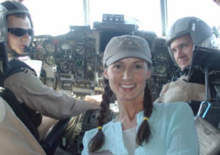 Chely in Iraq with chopper crew
