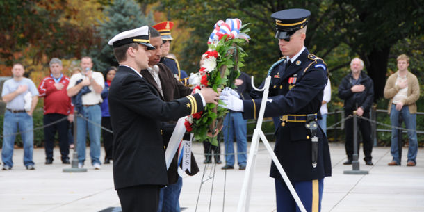The Mission Continues co-founder and CEO, Lt. Eric Greitins, and current fellow Sgt. Eric Parry lay a wreath at the Tomb of the Unknowns at Arlington National Cemetery, Oct. 31, 2009.