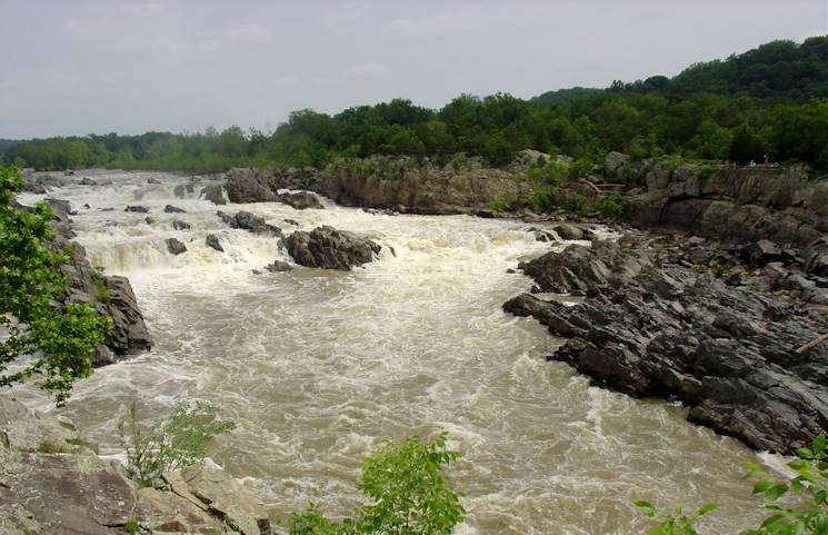 Although the waters of the Great Falls/Potomac River Gorge in Washington, D.C. and Maryland may appear calm on the surface, Joint Base Myer-Henderson Hall officials warn that the waters contain strong currents and jagged rocks. Since 2001, two dozen people have lost their lives — including a Joint Base Myer-Henderson Hall-based Soldier — in the park's waters. JBM-HH officials are reminding service members that aquatic activities in certain portions of the Great Falls area are not only off limits under a Military District of Washington directive, but are also illegal. (Photo courtesy Tracie Miller, June 18, 2014)