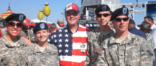 David Bancroft with soldiers (left to right) SSG Ana Casas, SGT Tori Brandum, SSG Dustin Jaeger, and SSG Bill Miller
